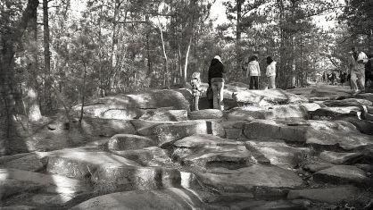 rocks - blk wyte